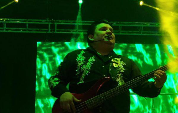 Jose Reyes Esparza bajista de Grupo Mandingo