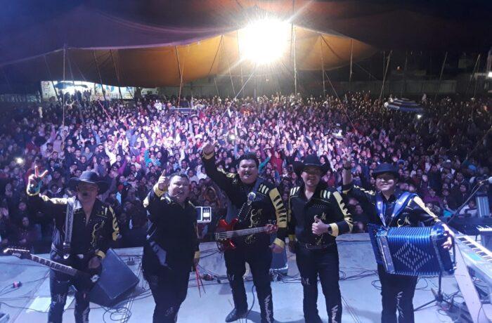 grupo Mandingo en concierto 2021